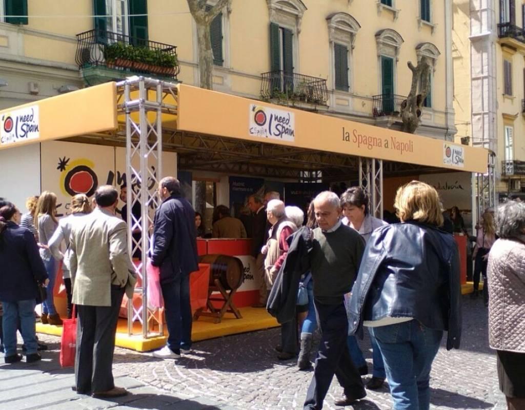 Ufficio Turistico A Napoli : Case appartamenti negozi uffici in vendita a napoli annunci