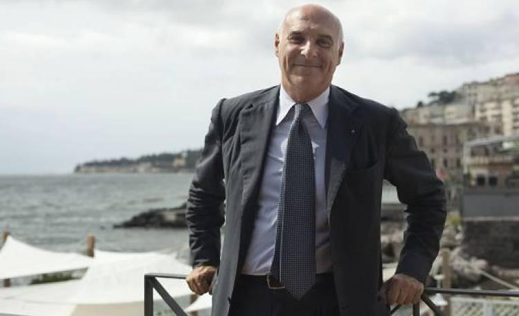 carino e colorato ufficiale più votato Acquista i più venduti Marinella: Di Maio ha le mie cravatte, Salvini le vuole ...
