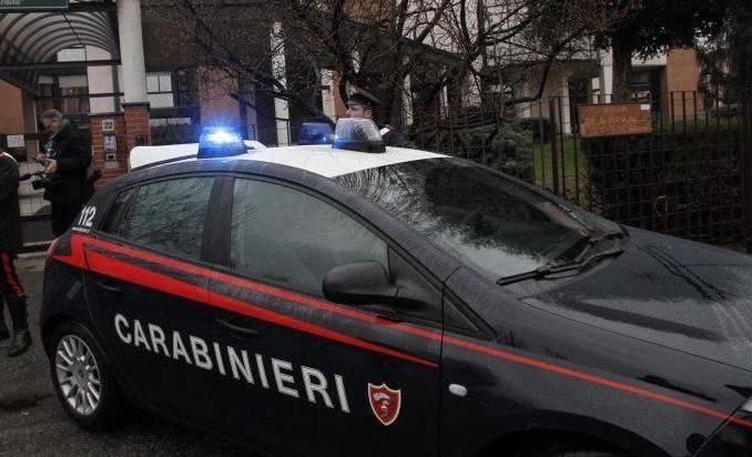 Napoli, 4 minori a scuola di rapine, arrestato il capo