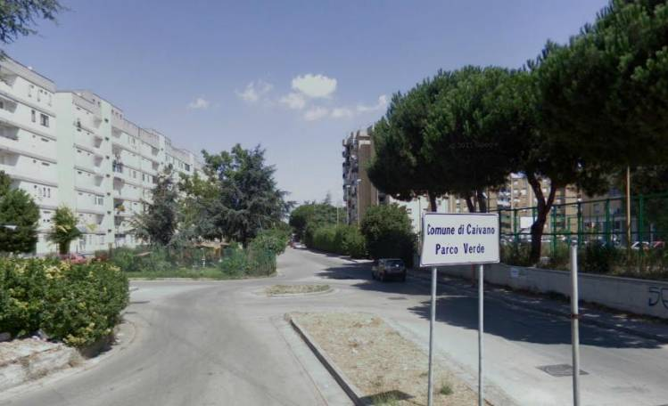 Nonno violenta nipote 15enne. Arrestato dai carabinieri a Caivano