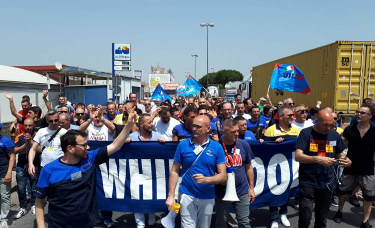 Protesta Whirlpool