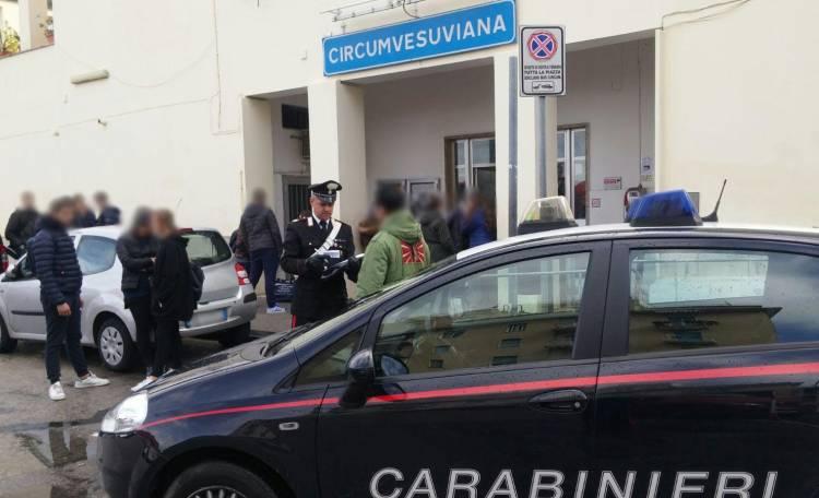Napoli, colpo alle babygang della metro: fermati due minori di Marano