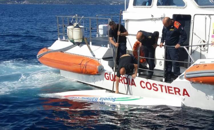 Ultraleggero scomparso, ritrovati in mare i resti: a bordo c'erano due persone