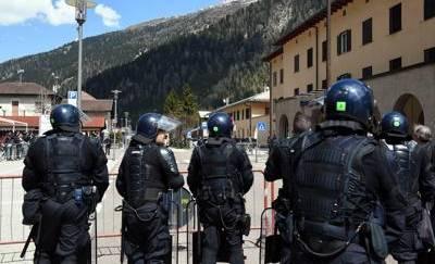 Migranti, l'Austria blinda i confini