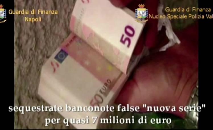 Sgominata banda di falsari: 19 ordinanze tra Napoli e Caserta