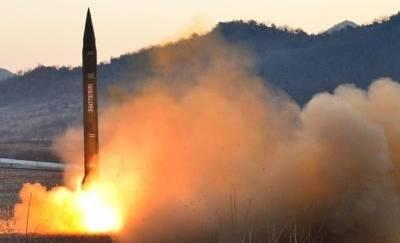 Corea del Nord: approvata produzione di massa di missile a medio-lungo raggio
