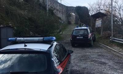 Suicida l'uomo accusato di violenze dalla figlia 14enne
