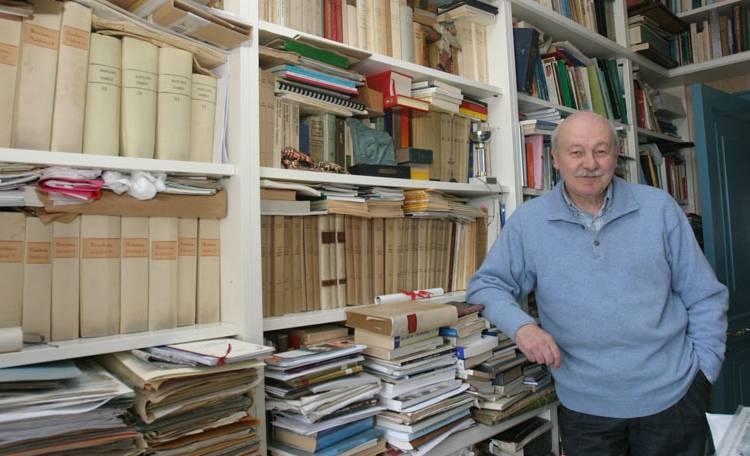 Il professor Pippo D'Angelo, storico di Castellammare di Stabia