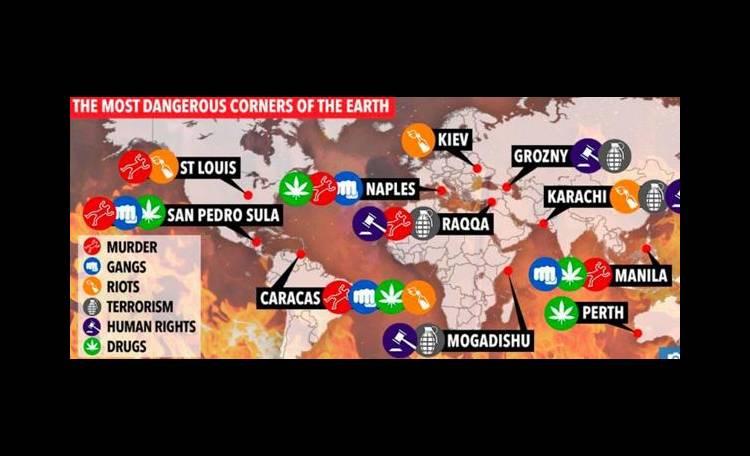 Napoli pericolosa come Raqqa? De Magistris: giudizio falso