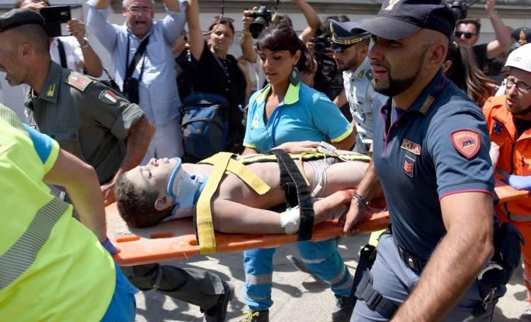 Terremoto Ischia: salvato un bimbo di 7 mesi