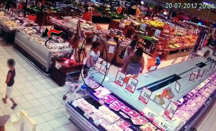 Da Biella a Pompei, furti in trasferta nei centri commerciali: 4 arresti