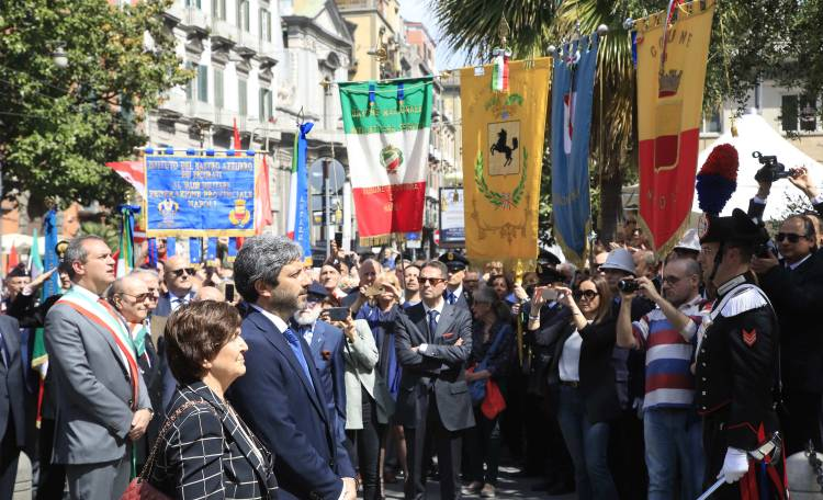25 Aprile a Napoli con Fico e de Magistris