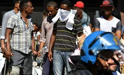 Sgombero via Curtatone: Di Maio difende Raggi
