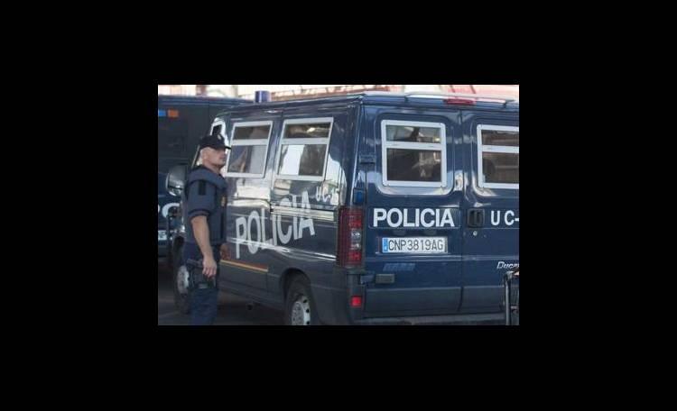 Spagna segregato da anni in casa per una pensione da mille euro