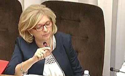 Ferrara (M5S): Renzi prova a allontanare Mafia Capitale da Pd